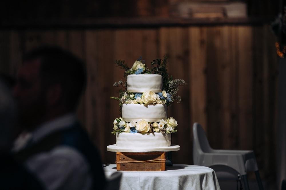 Wedding Cake Dove Barn Knutsford