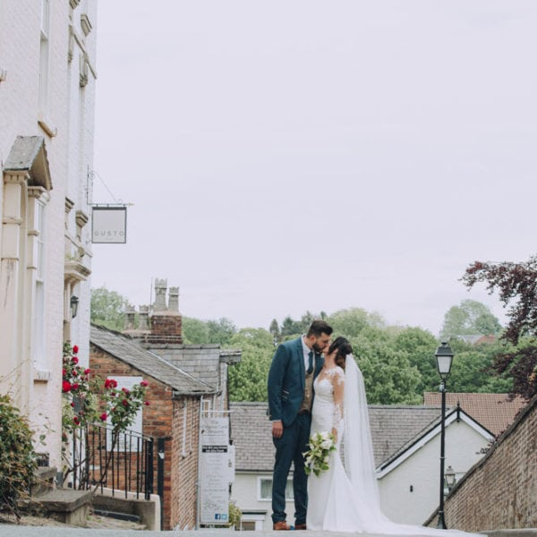 Knutsford Court House Wedding Photographs in Knutsford Cheshire