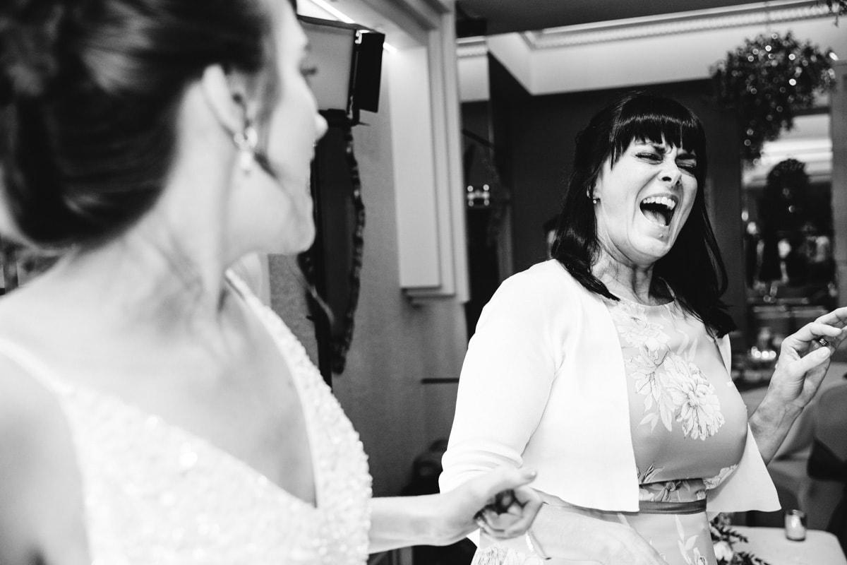 mum singing on the dancefloor