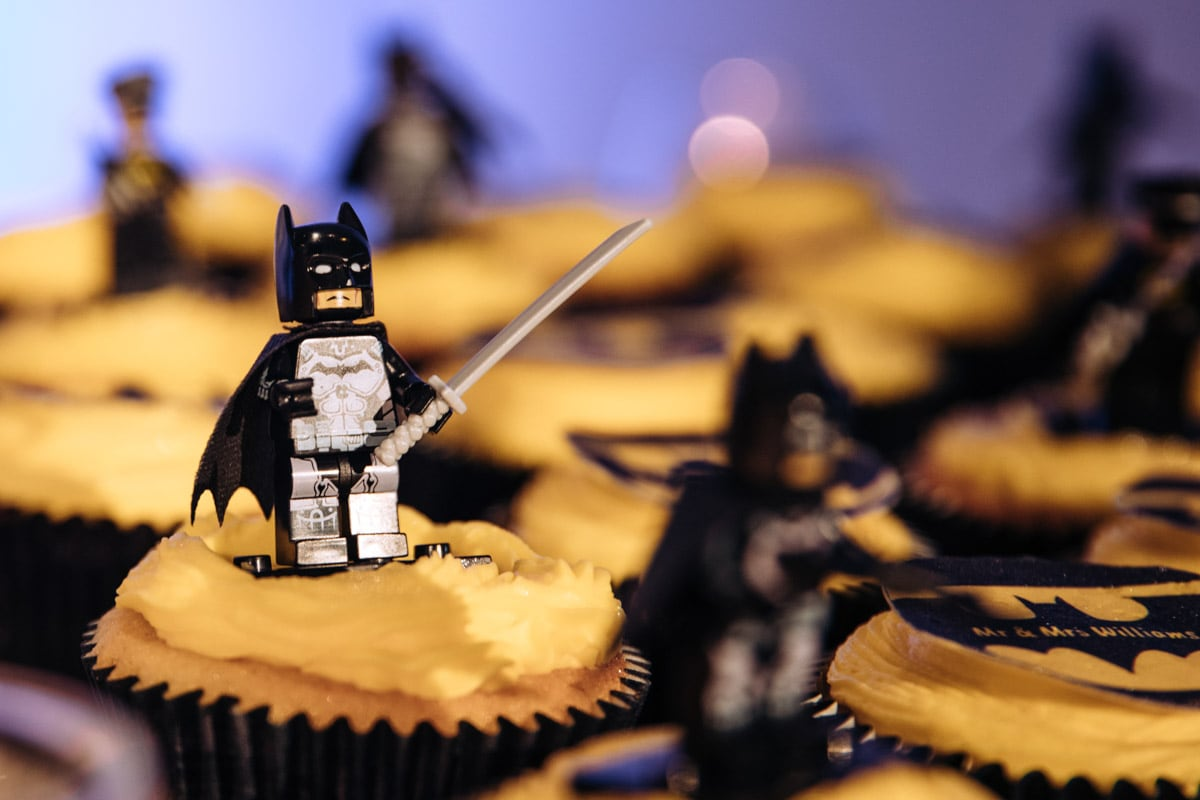 batman wedding cupcakes
