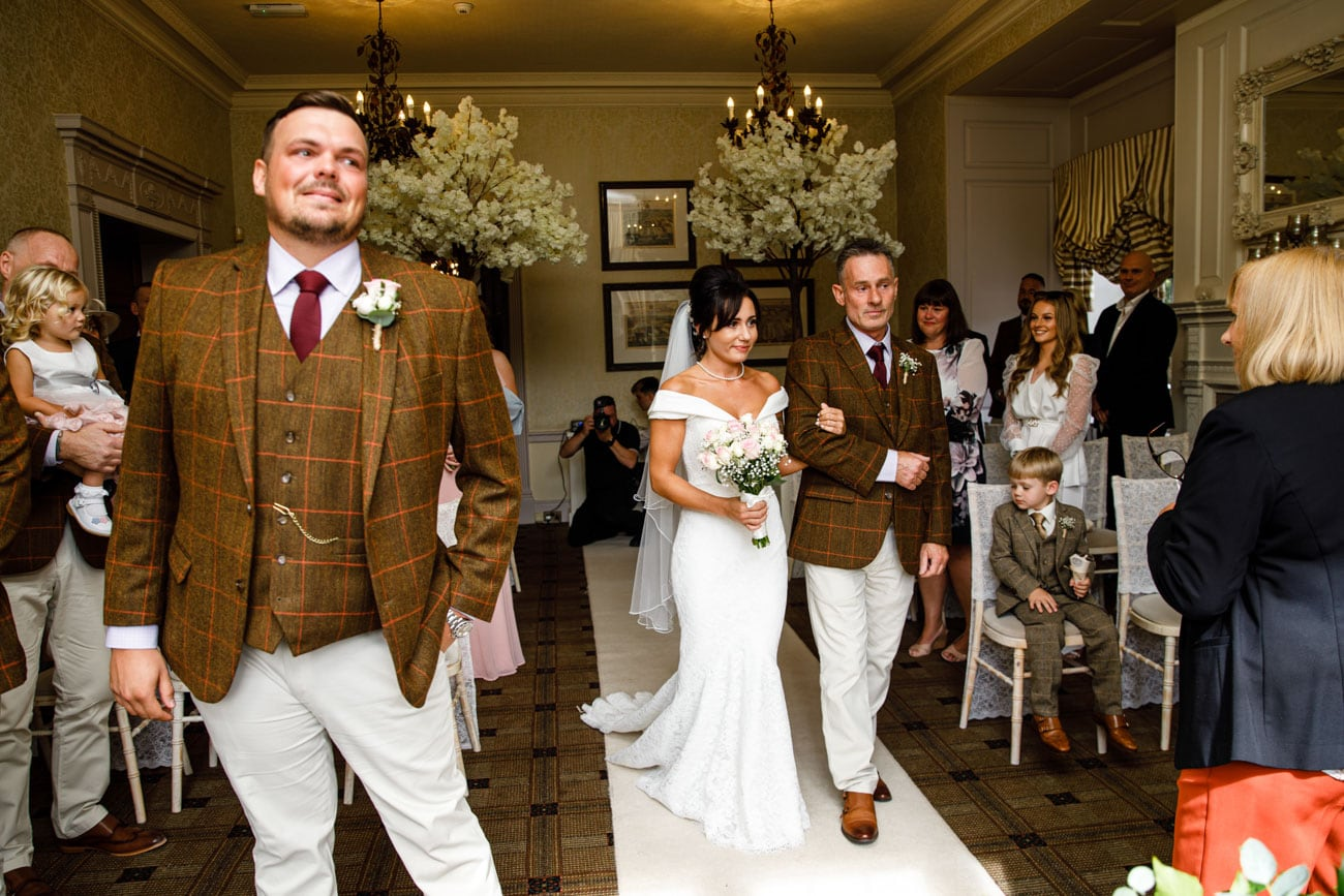 groom and family at inglewood manor