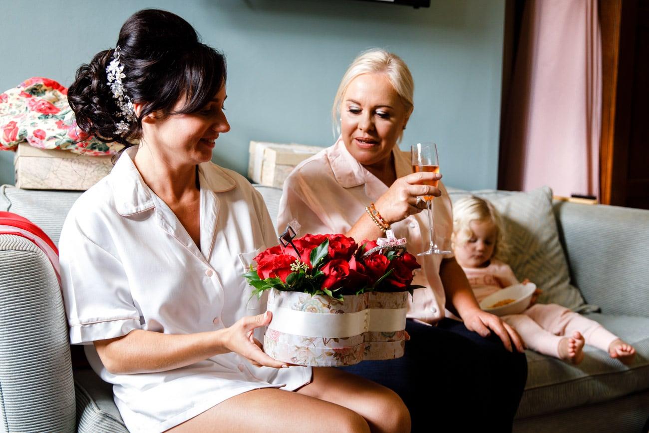 Bride receiving gifts at inglewood manor