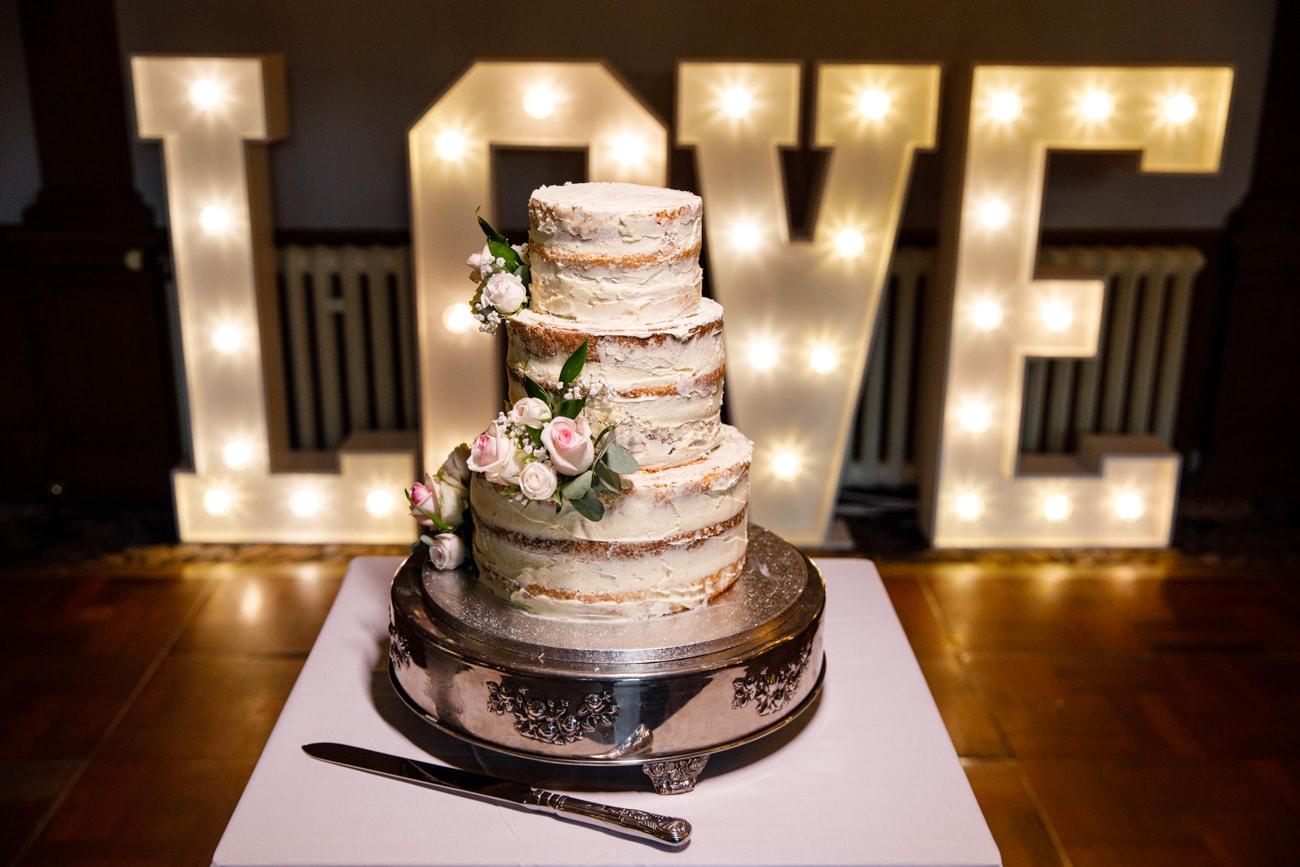 inglewood manor wedding cake